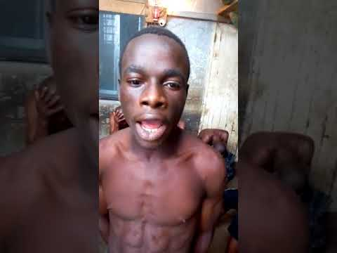 Must Watch: Funny Nigerian Citizen Singing The National Anthem