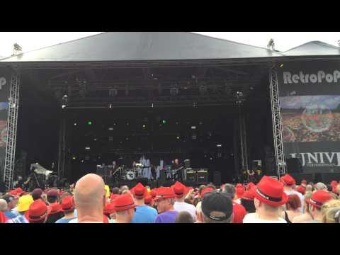 The Stranglers - Skindeep on Retropop Emmen. 07-06-2014
