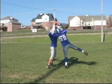 How to Intercept the Football : How to Time Your Jump for Interceptions in Football
