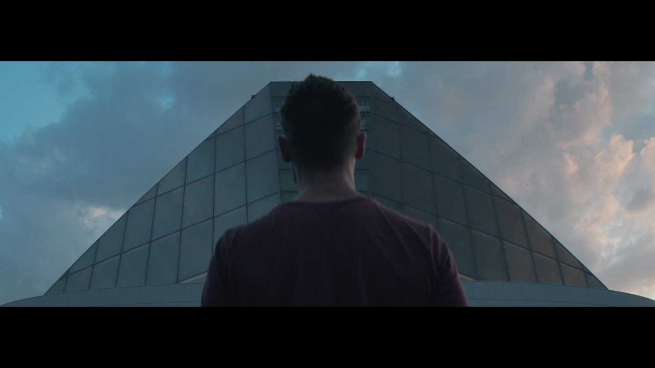 Francois Klark - Spaceman (Official Lyric Video)