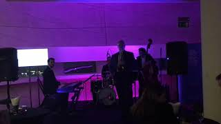 Grand Music Jazz Quartet - Cantalupe Island