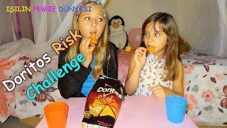 Doritos Risk Yeme Yarışması - Kuzenimle İkimiz de Acıdan Yandık - Eğlenceli Çocuk Videosu