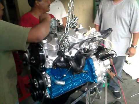 Arrancando motor E16 de nissan tsuru - YouTube
