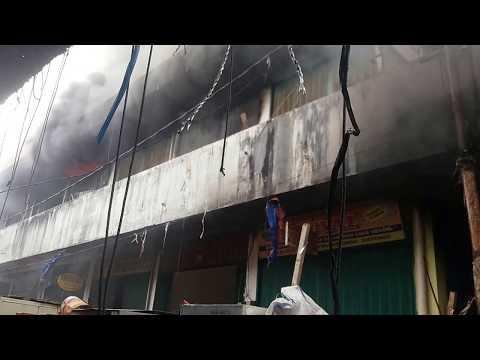 Detik Detik Pasar Grosir Aur Kuning Bukittinggi Terbakar