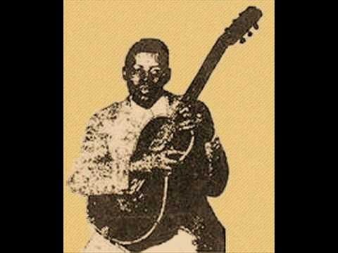 Casey Bill Weldon - Blues Everywere I Go (1937)