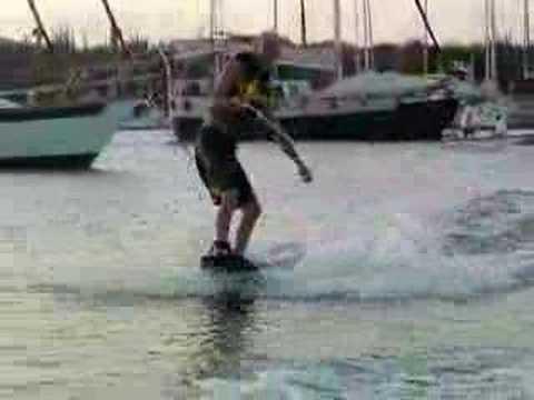 Erik van Doesburg wakeboarding