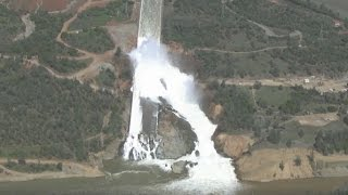 Repeat youtube video Spillway Reopens | Aerial View | Lake Oroville Dam Updates 3-17-17