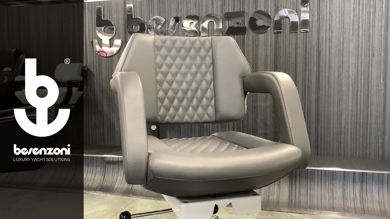 Helm Seats P 246 for boat, yacht and superyacht - Poltrona pilota barche P 246 - Besenzoni