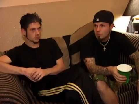 Limp Bizkit • Interview - Fred Durst and Wes Borland (backstage Family Values Tour 1998)