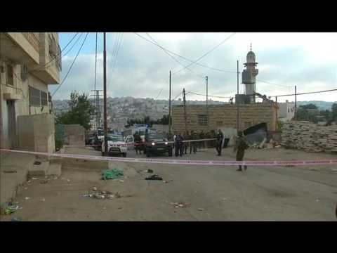 Palestinian Killed In Street Attacks