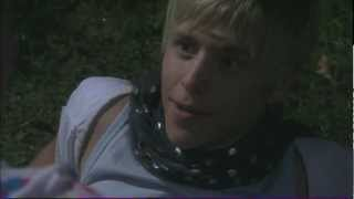 Dale and Maxxie Kiss - Skins