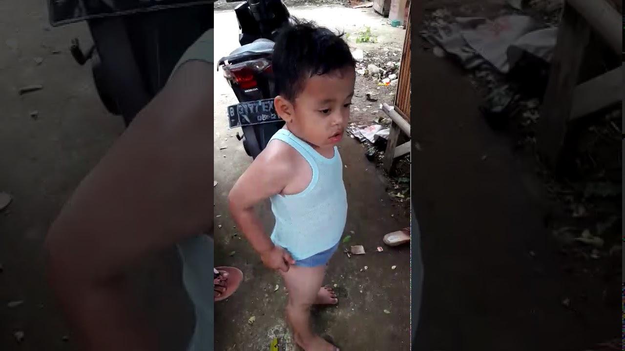 video anak marah galak bnget pengen ngebacok