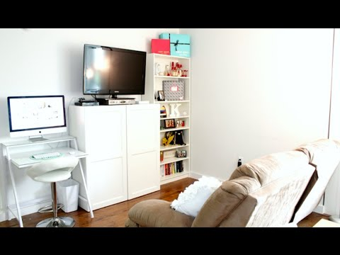 New York City Studio Apartment Tour: The Living Room (and bathroom) / Covering the Bases