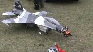 f-16 rc jet turbine model crash