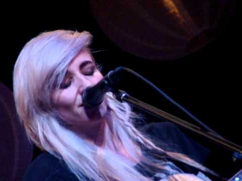 Lights - Timing Is Everything (Acoustic Live @ Winter Garden Theatre, Toronto, Canada. 5/10/2013)