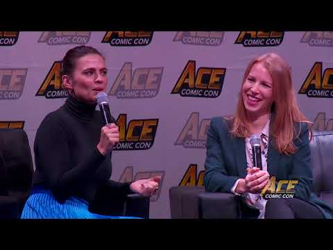 Hayley Atwell aka Peggy Carter Panel - ACE Comic Con AZ