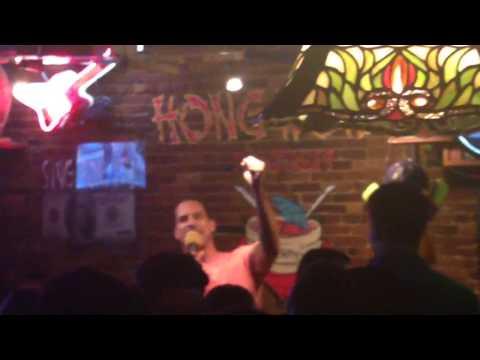 Christian Fauria sings karaoke