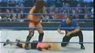 Repeat youtube video Torrie Wilson vs Victoria Smackdown 11-23-07