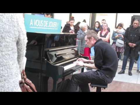 Pianiste Carl Hans Gare St-Lazare 22/12/15