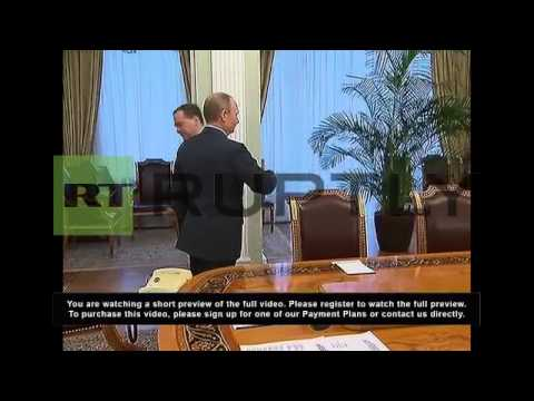 Russia: Putin holds Security Council meeting about Ukraine