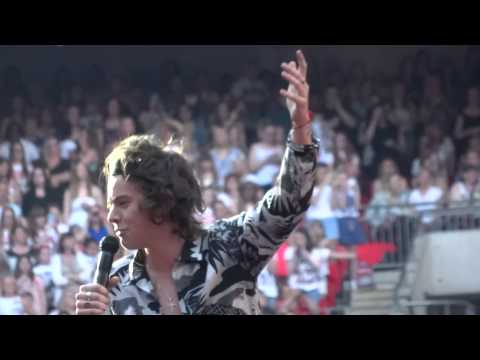 One Direction - Why Don't We Go There - 8 June 14 HD Wembley Stadium
