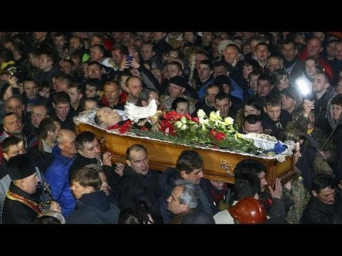 Ukraine mourns protesters killed in violent clashes