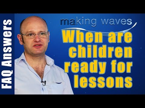 Making Waves Swimming Lessons East Kilbride Glasgow - When are kids ready to start swimming lessons