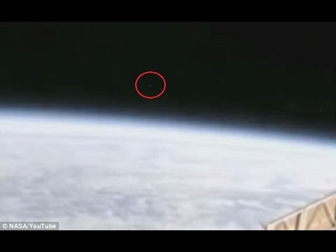 Did Nasa cut a live ISS stream when ALIENS appeared? Probably not: Random specks of light