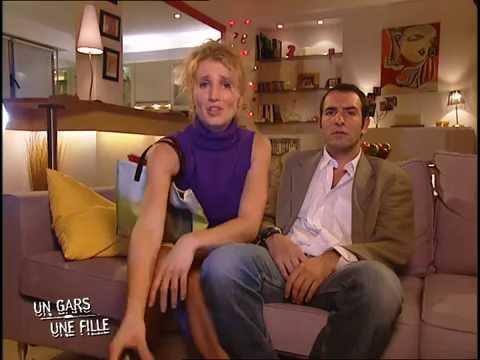 Un gars une fille dans leur salon youtube for Salon un gars une fille