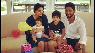 Video Allu Arjun With Family Latest Video ,Allu Arjun Wife Sneha Reddy ,Daughter ARHA ,Son Ayaan download MP3, 3GP, MP4, WEBM, AVI, FLV Juni 2018