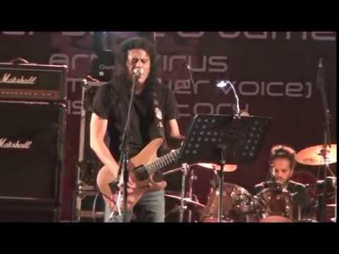 James - Lais Fita Lais | Live Concert Performance @Khulna University