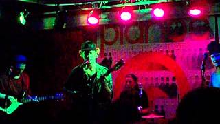 Mac Demarco - Baby's Wearing Blue Jeans - live @ Pianos for Deli Mag CMJ show - October 19, 2012