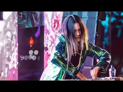 DJ MAMA AFRIKA MANTAP PALING MENGGEMPARKAN DUNIA   TERBARU BASS BREAKBEAT 2018