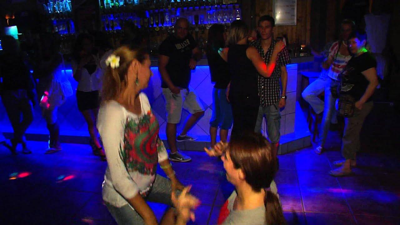Vitezny tanec nitra rio disco pub 3 8 youtube for Miroir nightclub rio