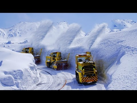 EPIC Snow Blower Removal Machines At Massive Snow Wall Walk In Japan