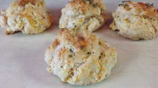 Copycat Red Lobster Cheddar Bay Biscuit recipe