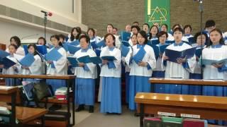 聖馬提亞堂成年詩班、青年詩班、恩典詩班聯合獻唱《來向我王呈獻讚揚》