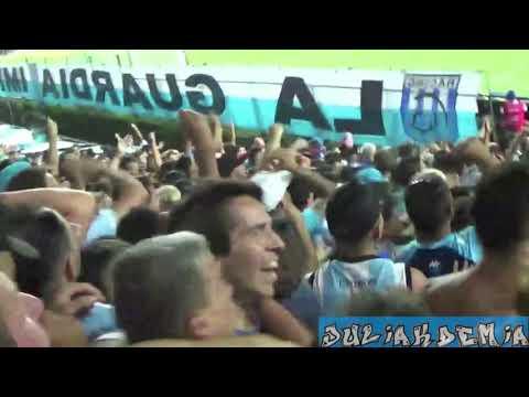 Racing vs Independiente // Hinchada y gol del Chelo