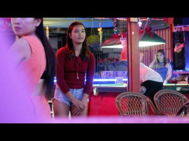 Chiang Mai Night Out - Vlog 154
