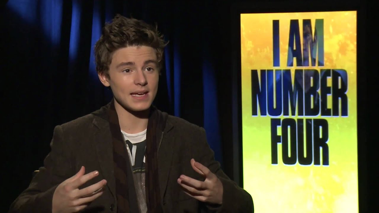 Callan McAuliffe Interview: I Am Number Four Junket - YouTube