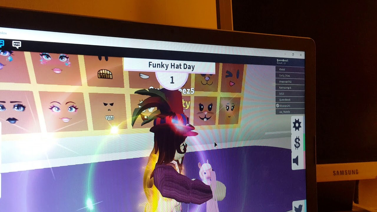 Crazy Hat Day In Fashion Famous On Roblox Youtube