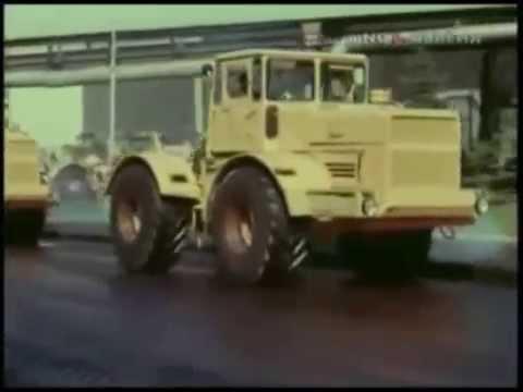Kirovets K-700 Soviet