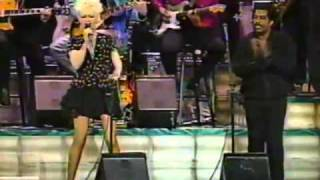 Cyndi Lauper Ben E King Billy Joel - Sweet Soul Music Medley