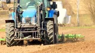 uprawa gleby przed siewem-New Holland T5040 i Bomet 3,6m. DabroLs