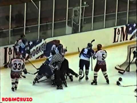 Lev Berdichevsky vs  Alexei Krovopuskov Oct 17, 1997