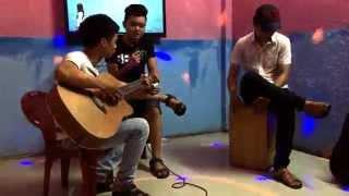 Em của ngày hôm wa :)) Núi thành guitar