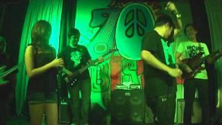 HARI NG TONDO live- Gloc-9 ft. Denise. 70's Bistro 01.17.12