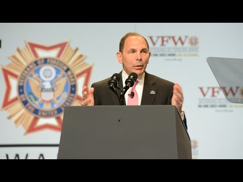 2015 Department of Veterans Affairs Secretary Bob McDonald