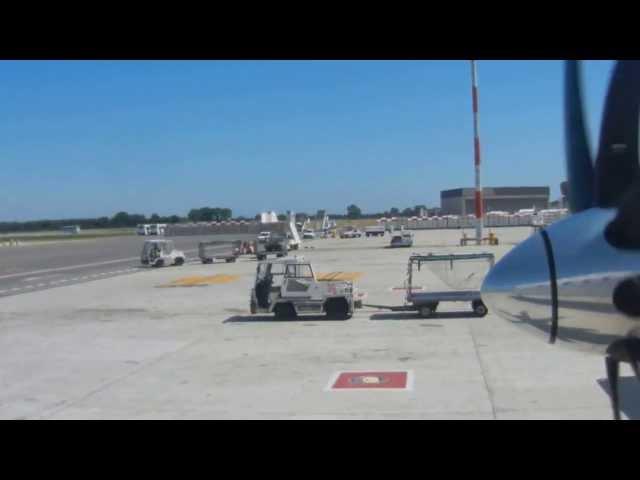 Darwin landing-3: taxiing to apron
