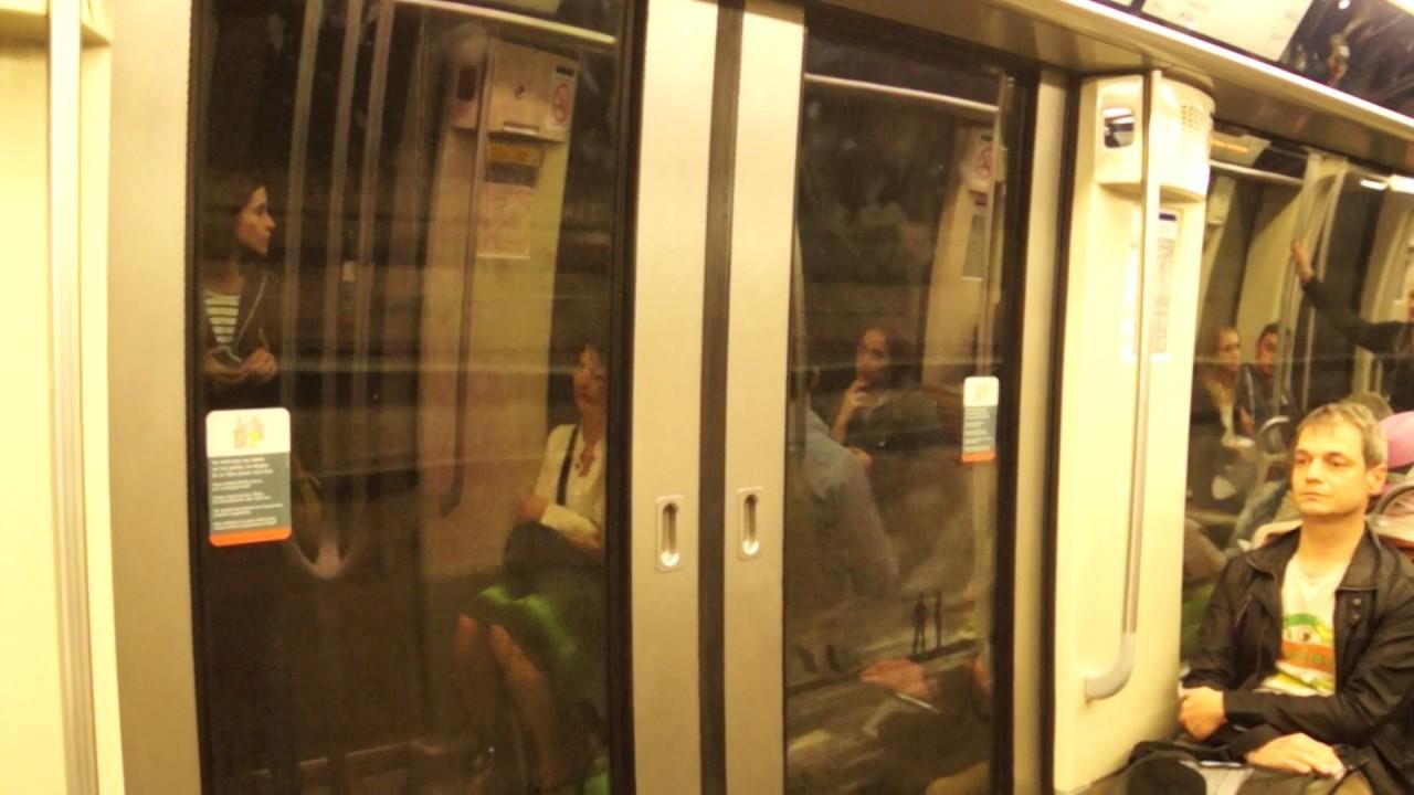 how to ride the paris metro video